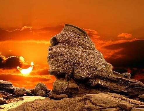 bucegi-romanian-sphinx